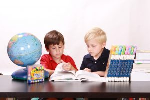 children 286239 1280 300x200 - Ini Dia 16 Trik Ampuh Cara Belajar yang Efektif, Efisien dan Menyenangkan