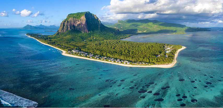 where is mauritius 1 - Ingin Liburan Ke Luar Negeri? Yuk Sambangi Destinasi Wisata Terbaik Dunia Ini