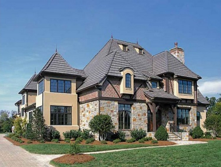 builderhouseplans 1 - Tertarik dengan Model Rumah Eropa? Ketahui Ciri-Cirinya Terlebih Dahulu Sebelum Meniru!