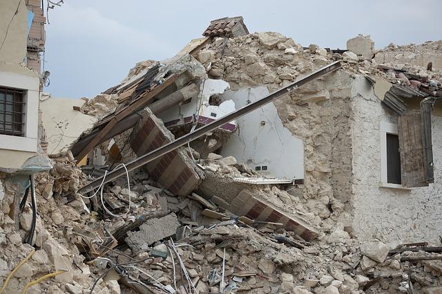 earthquake 1665898 640 - Metode Statis Pushover Non-Linier