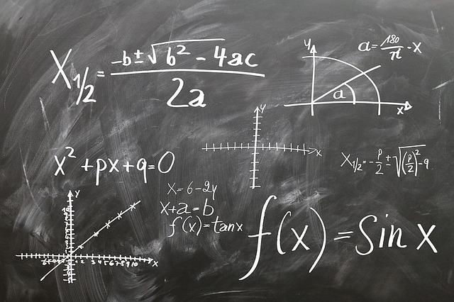 mathematics 1509559 640 - Operasi Bentuk Aljabar