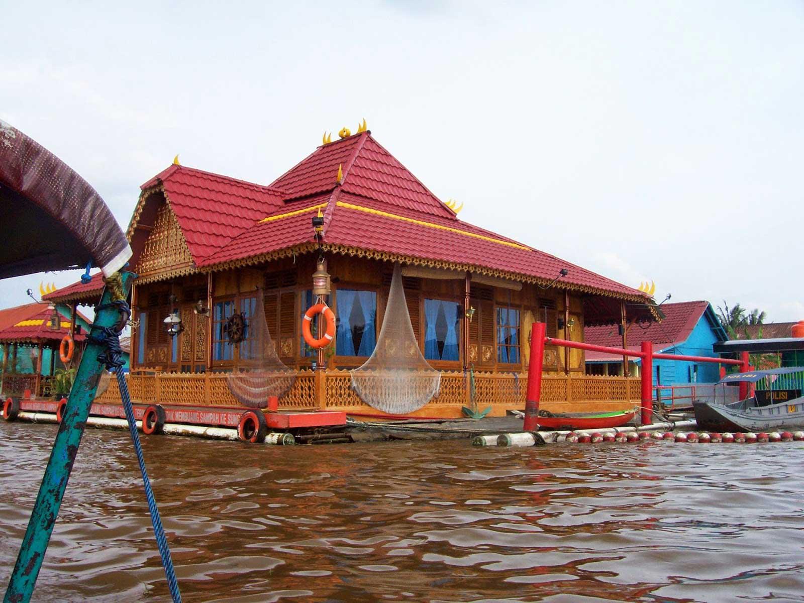 Rumah adat rakit limas 1 - Ragam Rumah Adat Tradisional Indonesia Bukti Keragaman Budaya
