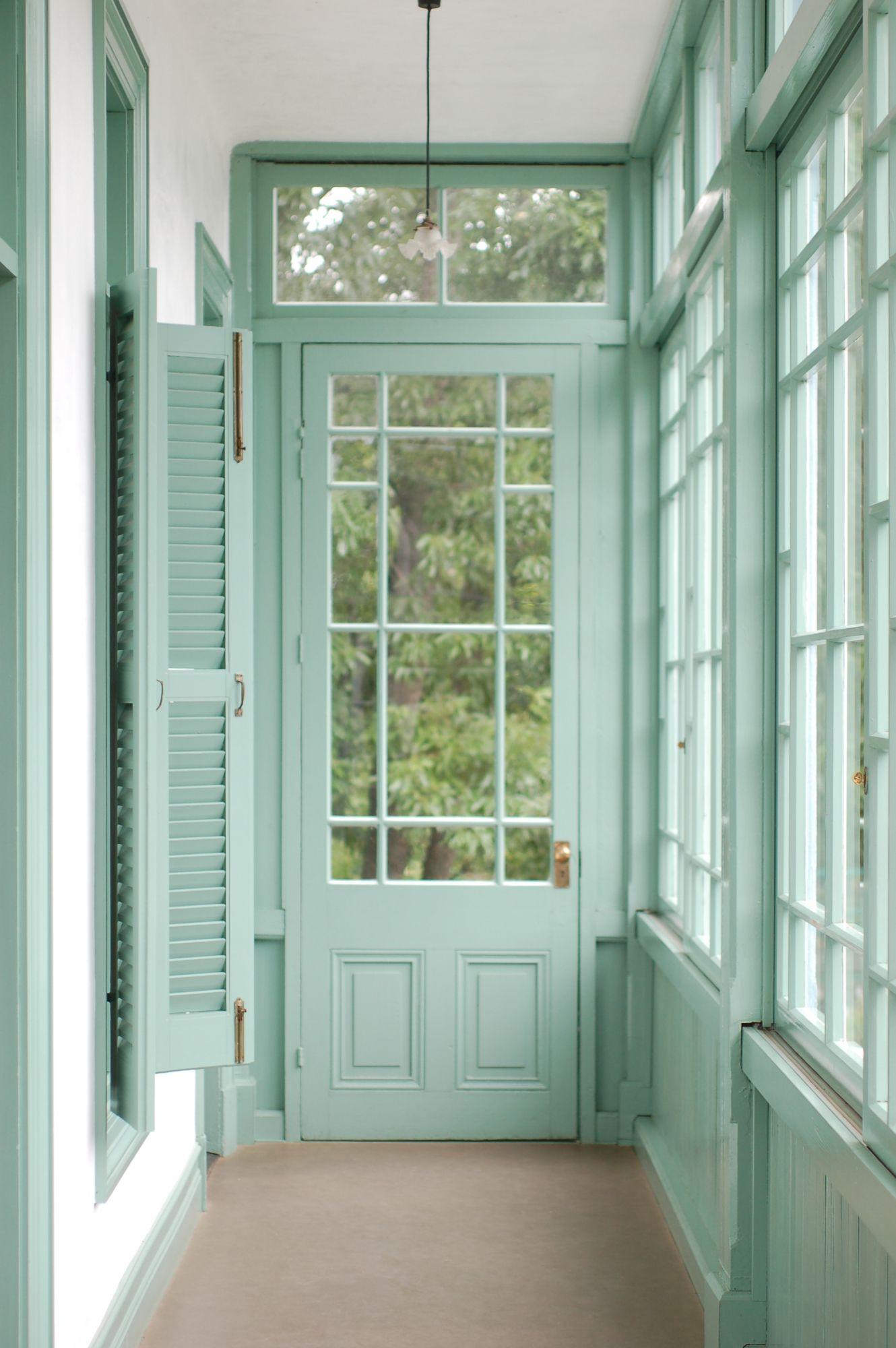 Ide Warna Cat Jendela Yang Bagus Untuk Dekorasi Rumah Elegan